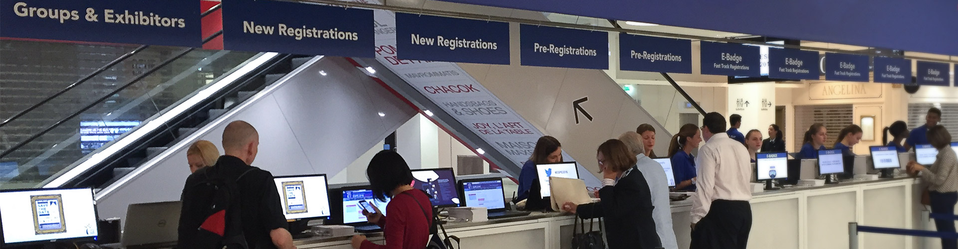Manned registration desks (RegDesk)